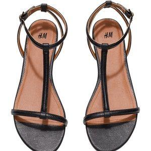 H&M Black Strappy Sandal / US7